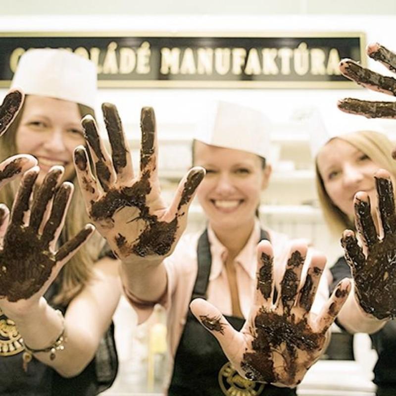 hungary-blog-gda-chocolate-making
