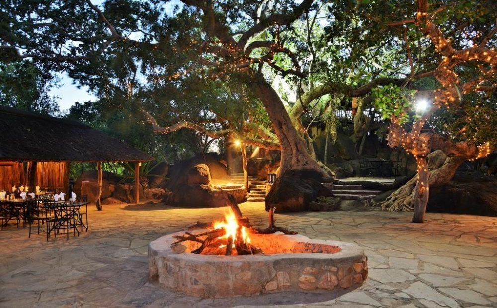 south-africa-gda-global-dmc-alliance-conference-safari-Mabula dinner-min