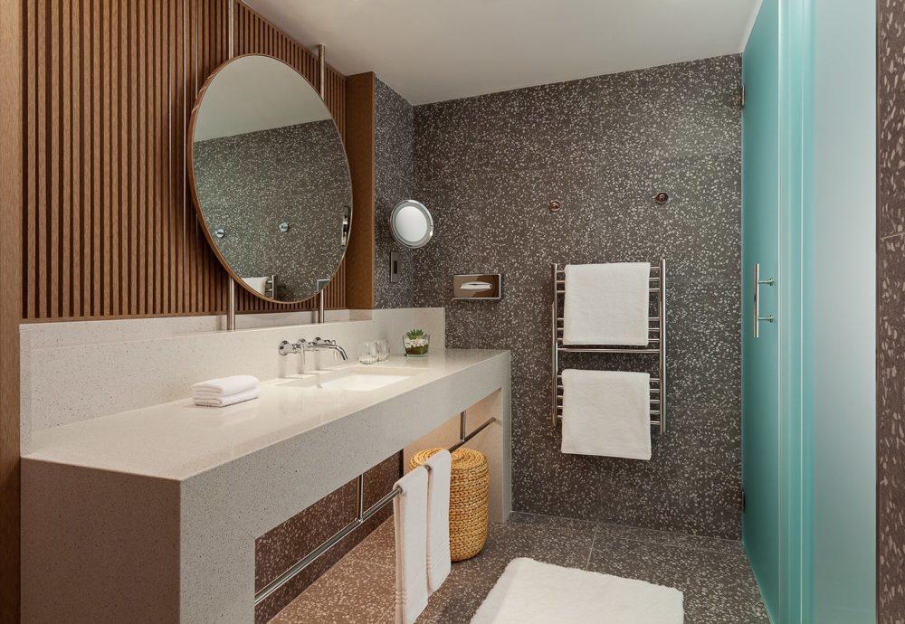 malta-marriot-gda-global-dmc-alliance-malta-sliema-hotel-balluta-bay-MH_MLAMC_Club_Bathroom_prev-min