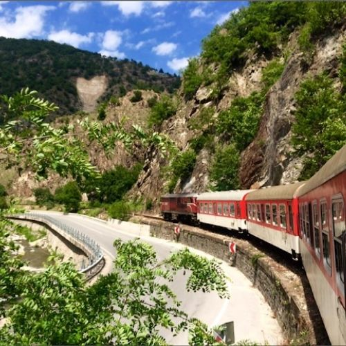 bulgaria-mercury-97-dmc-gda-global-dmc-alliance-travel-rhodopes-mountains-train-journey